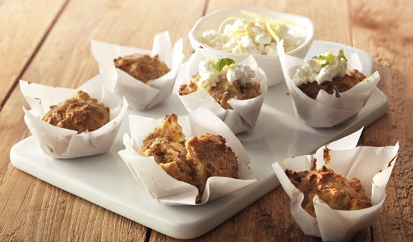 recipe image Havermoutmuffins met citroenspread